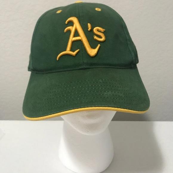 b59f1467 MLB Accessories   Vintage Oakland Athletics Major League Baseball ...